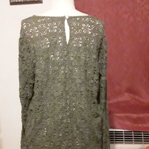 GAP Tops - A blouse very lightly worn.  Great piece to have .